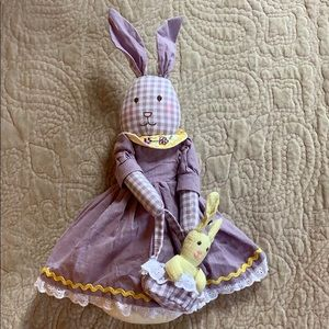 EUC Easter bunny decoration